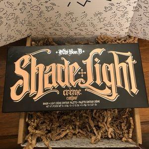 Shade + light creme contour 💜